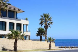 What You Should Ask Before Making Offers on Vacation Homes for Sale